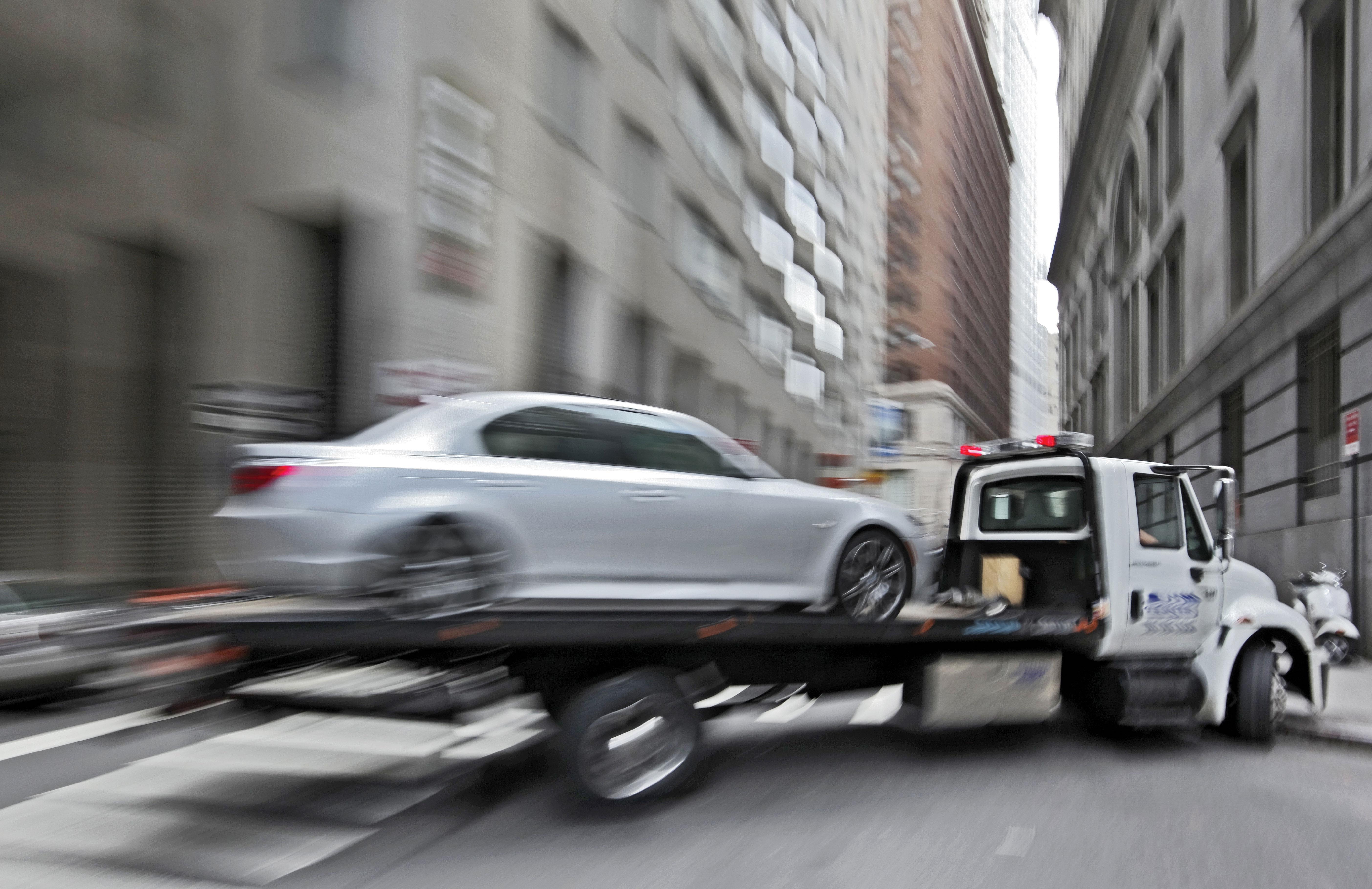 неотложная эвакуация вашего авто