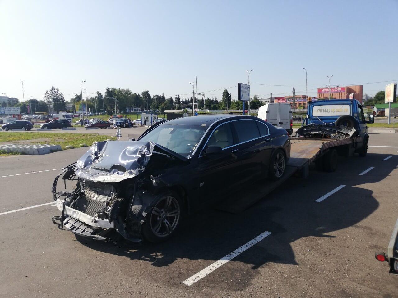 Эвакуатор в Минске для авто после ДТП