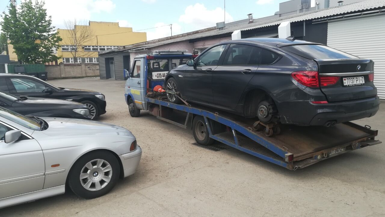 Эвакуация легкового автомобиля к месту ремонта