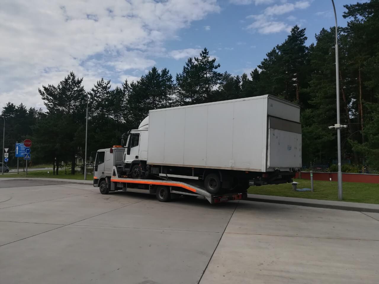 Эвакуация грузовика в Минске